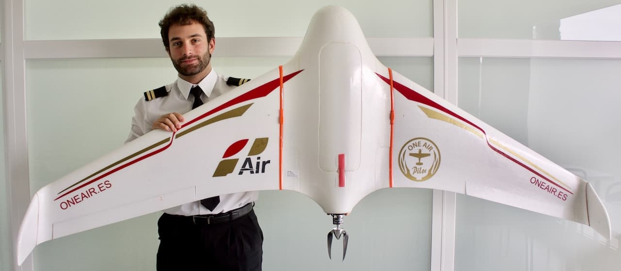 Airline pilot with fixed wing drone