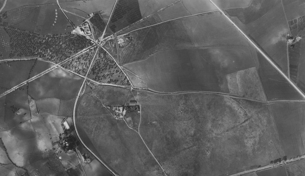 Aerial view of 'El Rompedizo', land that now houses the Malaga Airport.
